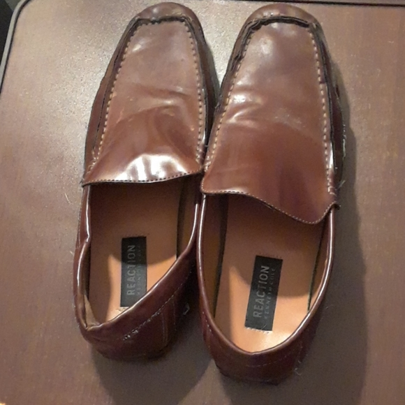 Kenneth Cole mens dress shoes lightly worn